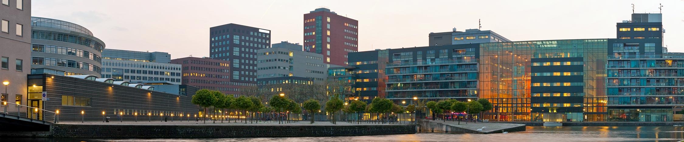 Schadeherstel bannner Kozijn Service Nederland